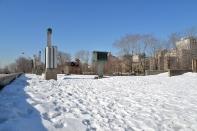 Devant le CCA, Montreal, 2015-03-24