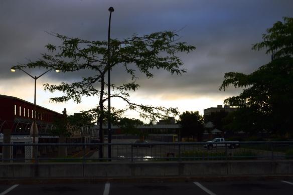 Marché central le matin, tôt. 2015-08-05